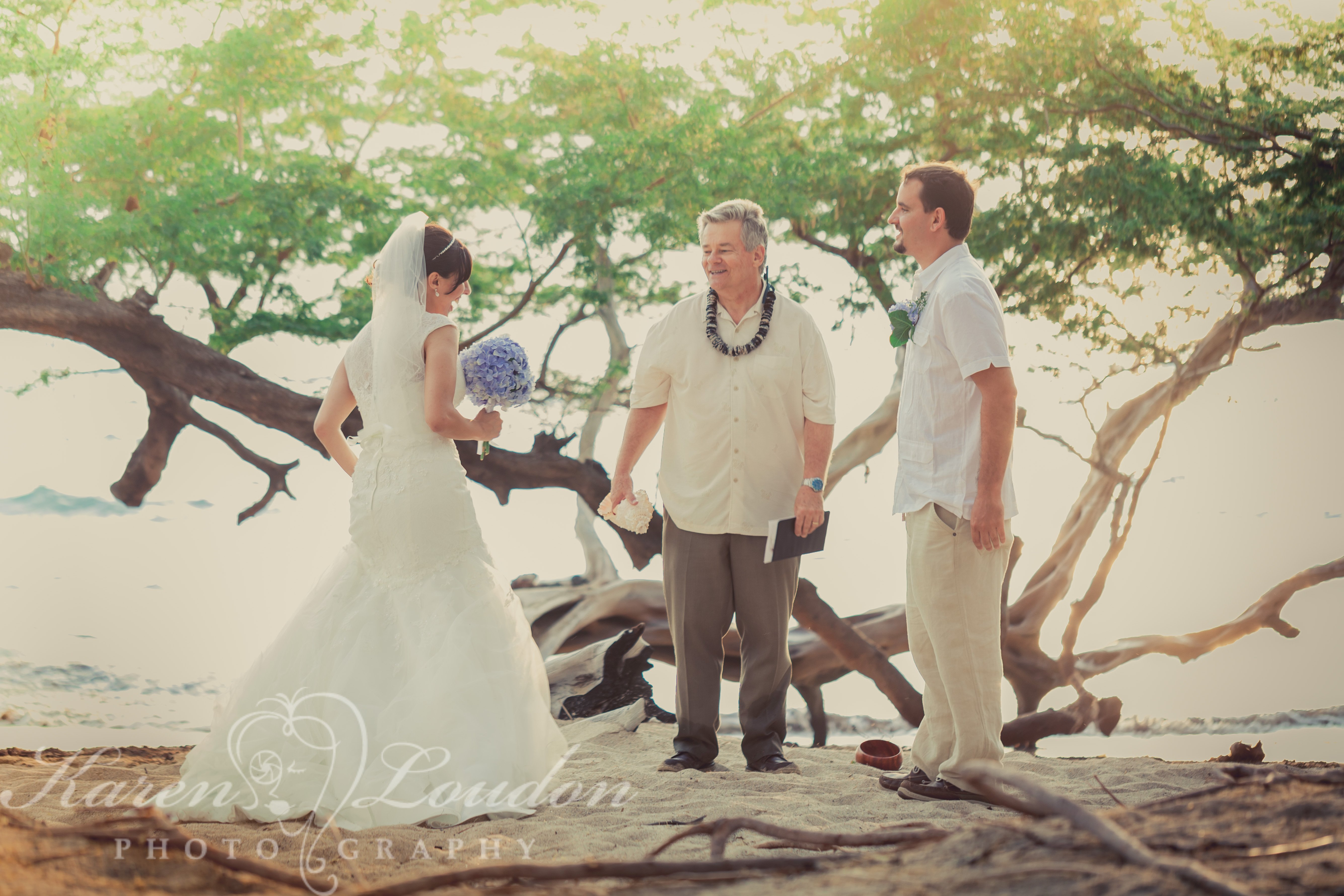 Waialea Wedding © Karen Loudon Photography