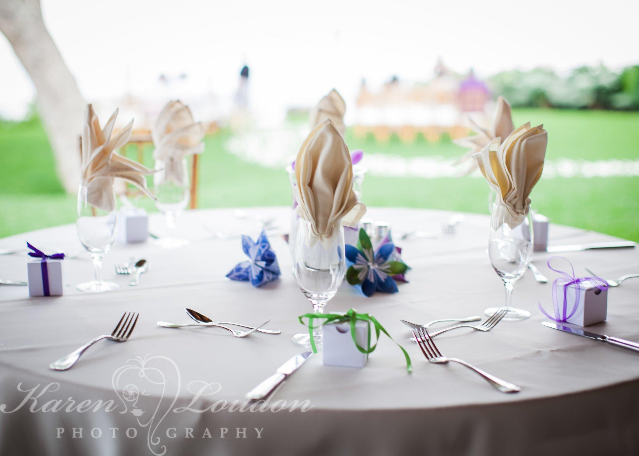 Holualoa reception table